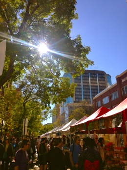 farmers market edmonton 104 street october